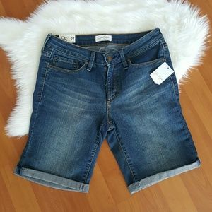 New Jessica Simpson dark wash bermuda shorts 27